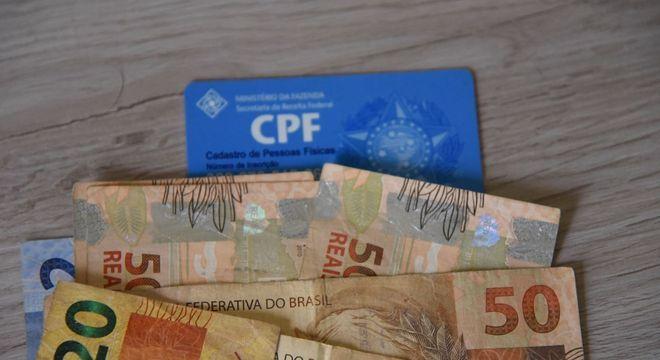 As pessoas que não têm CPF ou que tiverem o documento suspenso podem não receber o auxílio