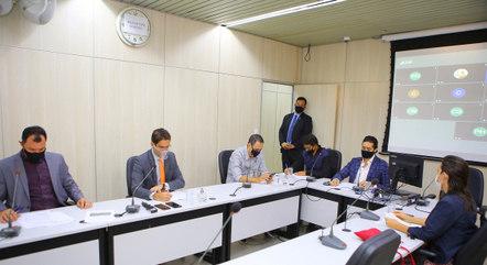 Trabalho da comissão será concluído em setembro