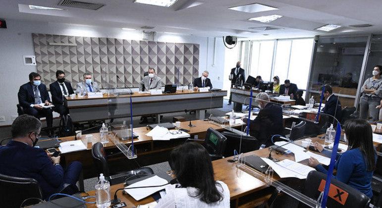 CPI da Covid-19 em oitiva do diretor do FIB BanK, Roberto Pereira Ramos Júnior