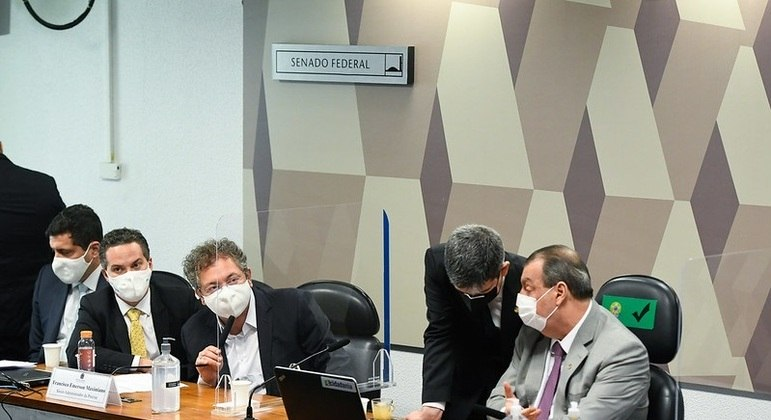 CPI ouve depoimento de Francisco Maximiano, da Precisa