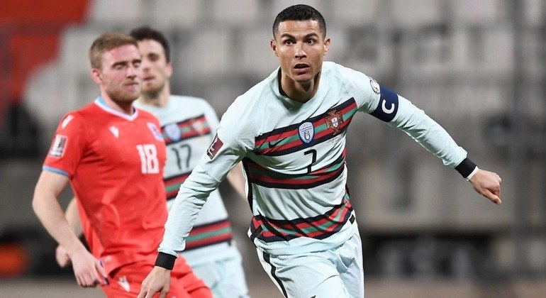 Cristiano Ronaldo, enfim o alívio no triunfo de Portugal em Luxemburgo