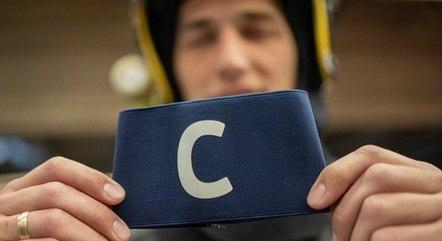 Faixa de capitão foi 'resgatada' por bombeiro