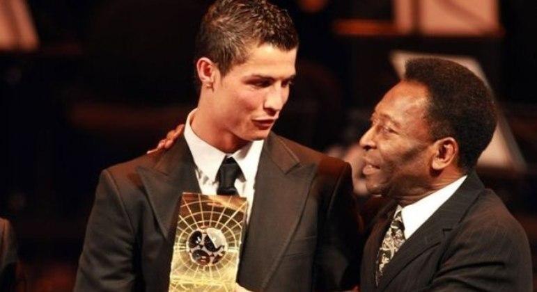 Cristiano Ronaldo e Pelé, um raro encontro, numa entrega de prêmios
