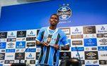 Maicosuel- Cria do Botafogo, correu pelo futebol internacional, mas estava no São Paulo até junho deste ano. Dispensado, está sem clube. Seu valor de mercado está em torno de R$ 5 milhões. Está com 34 anos