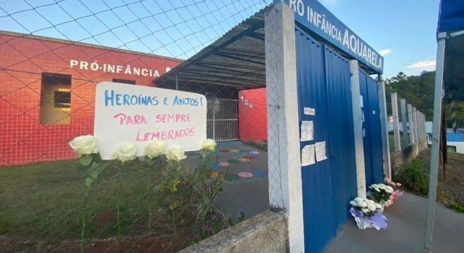 População de Saudades (SC) deixa mensagens em homenagem às vítimas