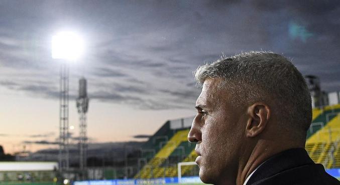 Crespo ainda não assinou contrato. Mas tem proposta de dois anos no São Paulo