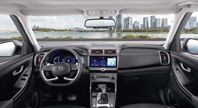 """Interior é mais """"limpo"""" com o volante usado em vários modelos da linha Hyundai pelo mundo"""