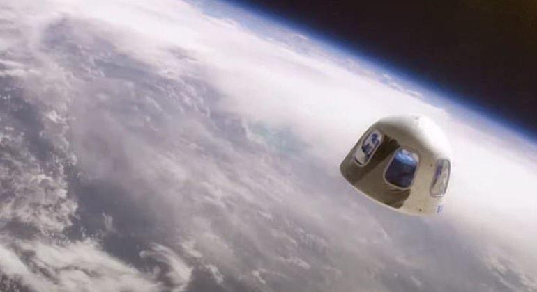 Turistas vão passar cerca de 10 minutos no espaço