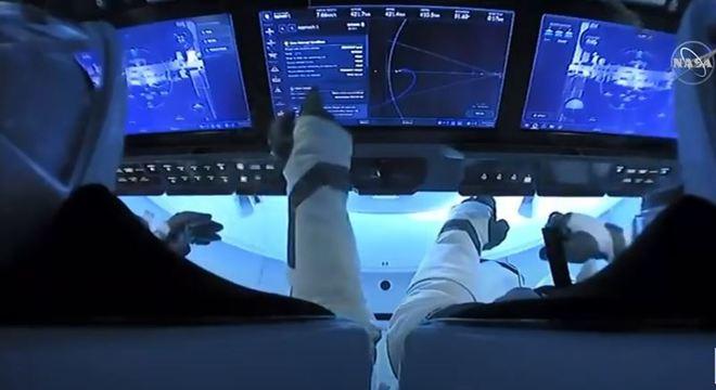 Astronautas acoplaram na Estação Espacial Internaconal às 11h16 (de Brasília)