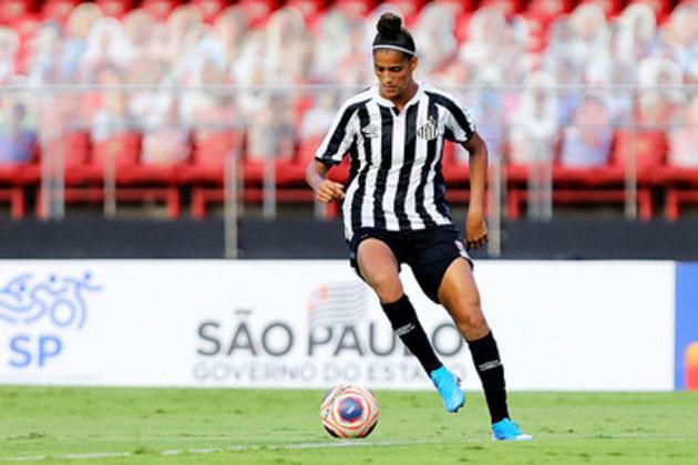 Cria da base, Amanda Gutierres tem faro de gol