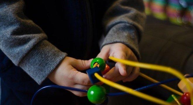 Objetivo é promover o desenvolvimento motor, sensorial e cognitivo