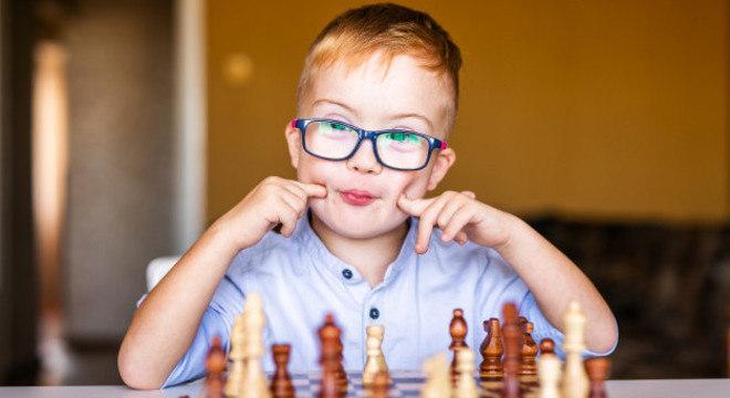 Crianças têm maior chance de expressar uma resposta imunológica inadequada