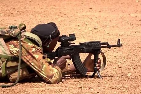 Em vários países há a prática de usar crianças como soldados