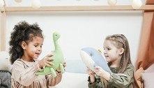 ONG converte doações em livro e brinquedo para o Dia das Crianças