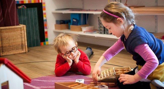 A aprendizagem colaborativa é uma das chaves do método Montessori