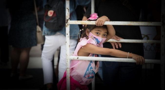 Uso de máscaras e vacinação de núcleo familiar protege crianças da covid-19