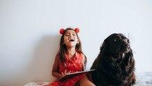 Pets reduzem estresse da criança na aula virtual, dizem professores