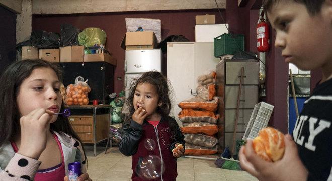 As crianças são as mais afetadas pelo aumento da pobreza na Argentina