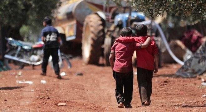Em pelo menos 18 países, ataques à educação foram dirigidos contra meninas e mulheres