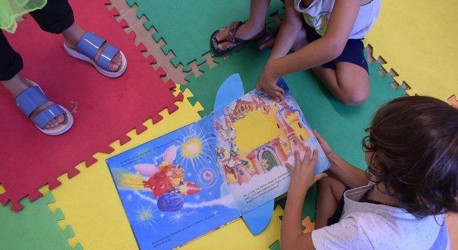 Projetos ajudam a fomentar o debate sobre como universalizar cuidados na primeira infância