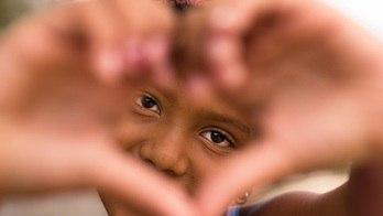 __Abuso e violência: 70 mil crianças vivem em situação de rua, diz ONG__
