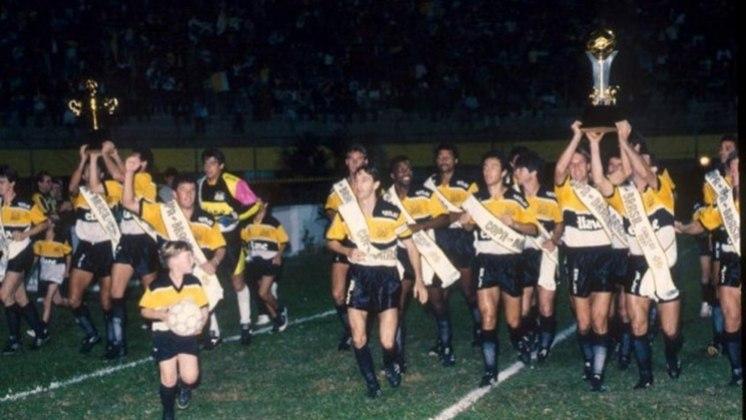 Criciúma - Em 1991, o Tigre foi campeão invicto da Copa do Brasil, sob o comando de Luiz Felipe Scolari. Durante a campanha, o time teve 6 vitórias e 4 empates