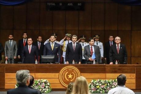 Autoridades paraguaias em evento sobre segurança