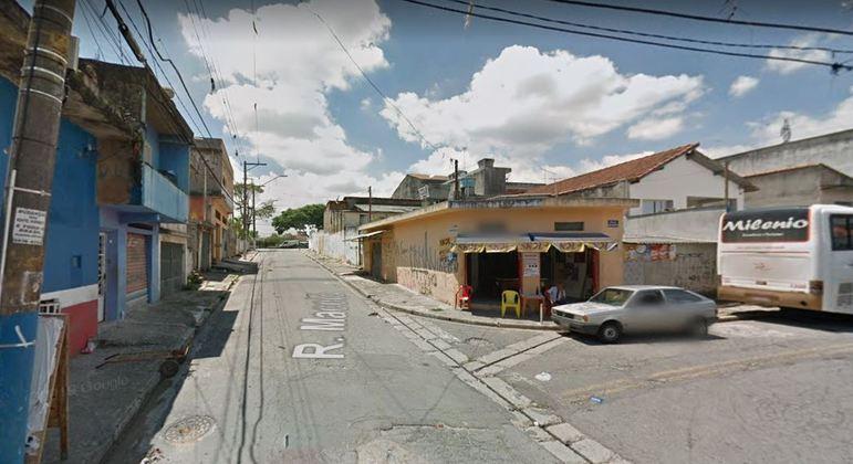 Filho foi preso por agredir o pai idoso em Osasco, na Grande SP, com socos e chutes