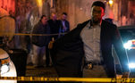 Crime Sem Saída (2019) é um filme policial que para encontrar os assassinos em questão fecham a cidade de Nova York. O longa é protagonizado por Chadwick Boseman, que faleceu em agosto de 2020, e concorre a Melhor Ator no Oscar 2021 por A Voz Suprema de Blues