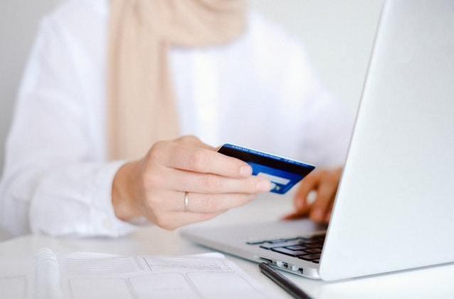 Boletos? Coisa de museu. O internet banking fez com que até pagar contas usando papel se tornasse algo absurdamente obsoleto. Só nunca sai de moda a preocupação com pagá-los
