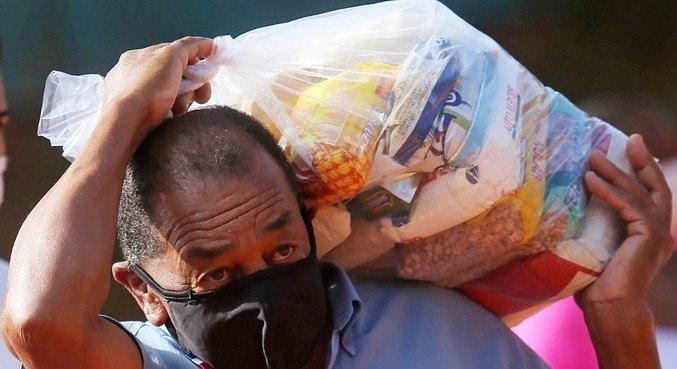 Pandemia e eventos climáticos potencializaram as crises alimentares em 2020