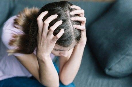 Crise de ansiedade provoca sintomas físicos