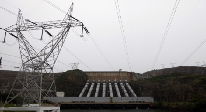 Visão da hidrelétrica de Furnas, em Minas Gerais