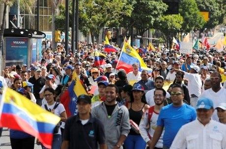 EUA pedem novas eleições na Venezuela