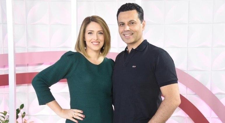 Cristiane Cardoso e Renato comandam ao vivo o The Love School - Escola do Amor deste sábado (5)
