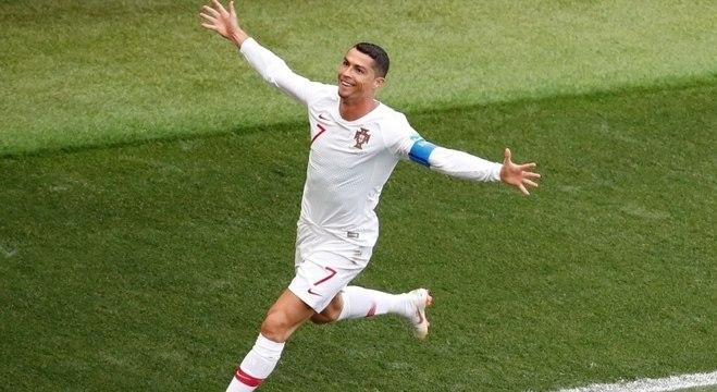 Cristiano Ronaldo comemora seu quarto gol na Copa da Rússia