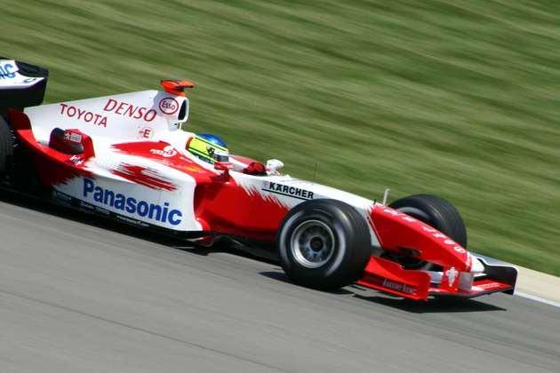Cristiano da Matta estreou na F-1 em 2003 após o título na Indy. Em 2004, foi trocado pela equipe e não voltou mais ao grid