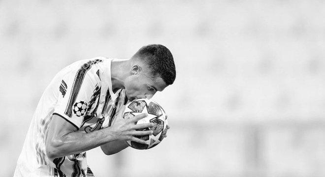 Cristiano Ronaldo está fora da Champions. Não brigará para ser melhor do mundo