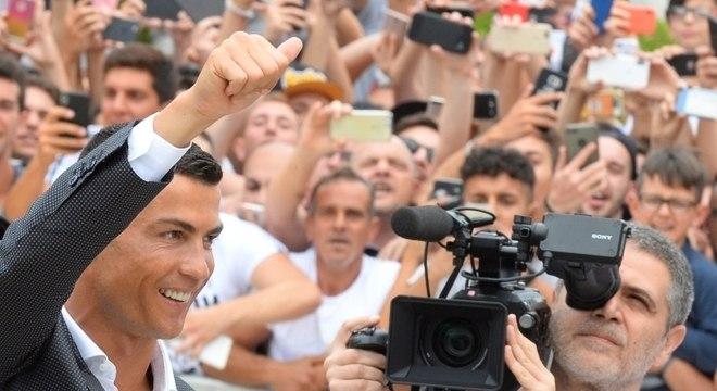 Cerca de 800 torcedores da Juventus foram ver Cristiano Ronaldo