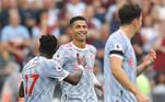 Cristiano Ronaldo marcou mais uma vez. Agora já são 4 gols em 3 jogos desde que chegou ao Manchester United. No último domingo, o United venceu o West Ham de virada por 2 a 1 com gols de Cristiano e Lingard, mas o verdadeiro herói da partida foi o espanhol David De Gea, que defendeu um pênalti, fato que não acontecia há mais de cinco anos, no último lance da partida