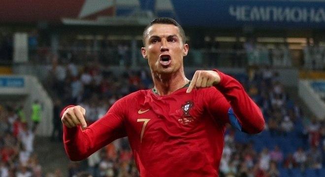 2a64e97135 Cristiano Ronaldo é o maior artilheiro de seleções europeias de todos os  tempos
