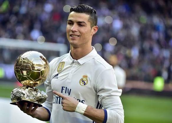 Cristiano Ronaldo - Ele não poderia faltar. Cristiano Ronaldo esteve ao lado de Casillas no Real Madrid em 228 jogos.