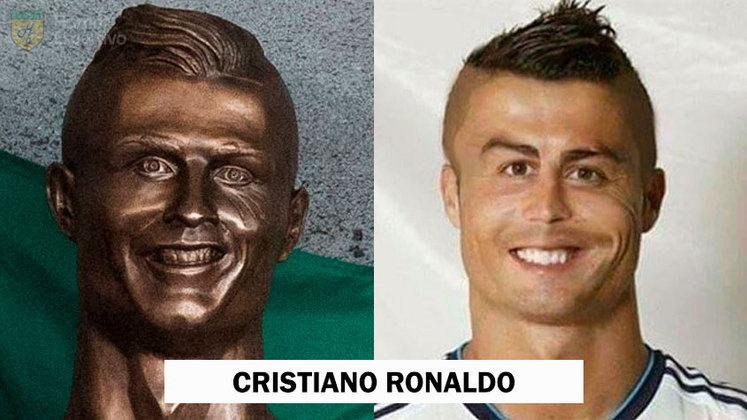 Cristiano Ronaldo também ganhou uma arte do escultor Emanuel Santos
