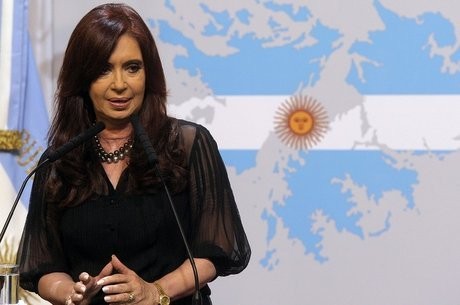 Hoje senadora, Cristina tenta se viabilizar como candidata à presidência - mas enfrenta uma série de acusações de corrupção