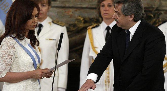 Ex-presidente anunciou que pretende concorrer a vice nas eleições de outubro