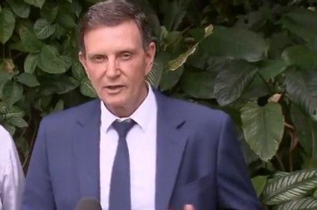 Crivella diz ser alvo de ataques da oposição