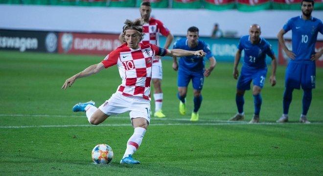 Croácia, o empate, no penal cobrado por Modric