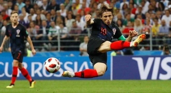 Modric furou voleio, mas esbanjou talento na vitória da Croácia sobre Inglaterra