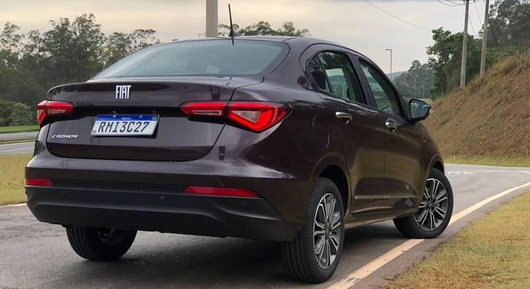 Fiat Cronos desembarcou no Brasil em 2018