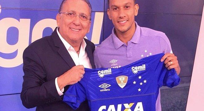 A Globo vê na queda do Cruzeiro para a Segunda Divisão, chance de lucro